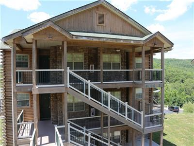 Branson Vacation Rental | Eagles Nest | Indian Point | Silver Dollar City | Top level (321606)