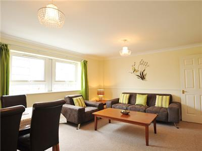 5 MIN TO ST PAUL/BARBICAN 2BED-2BTH