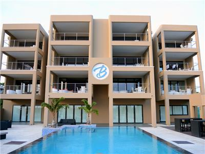 Fully equipped apartment near beach