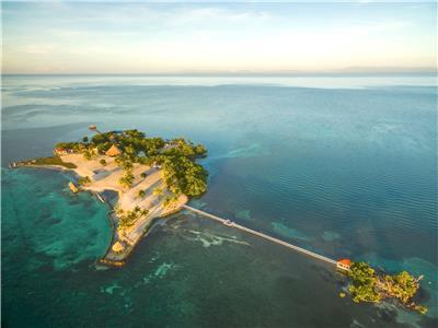 Exclusive private island off the coast of Belize