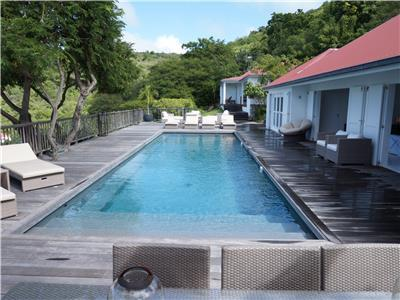 Contemporary villa almost in the heart of Gustavia