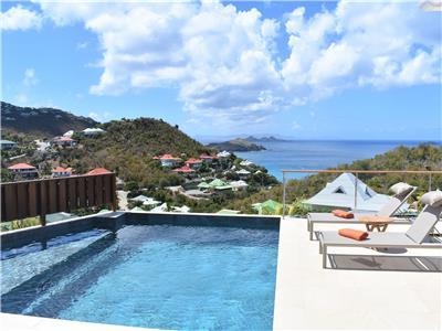 Modern and comfortable 2 bedroom villa close to all the hotspots of St. Barth