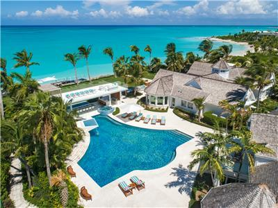 Beachfront breathtaking 6 bedroom villa on Grace Bay Beach