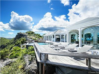 Beautifully designed  villa in Colombier with stunning Caribbean sunset views