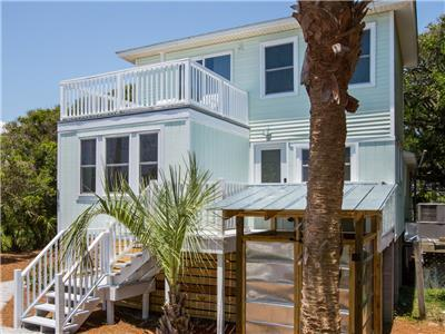 Casa Malibu - 3 Bed - 2 Bath - 1 Block from the Beach - Sleeps 8