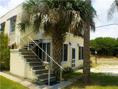 Rogers Folly Down Pet & Budget Friendly 2BR Super Close to Center Street & Beach!!!
