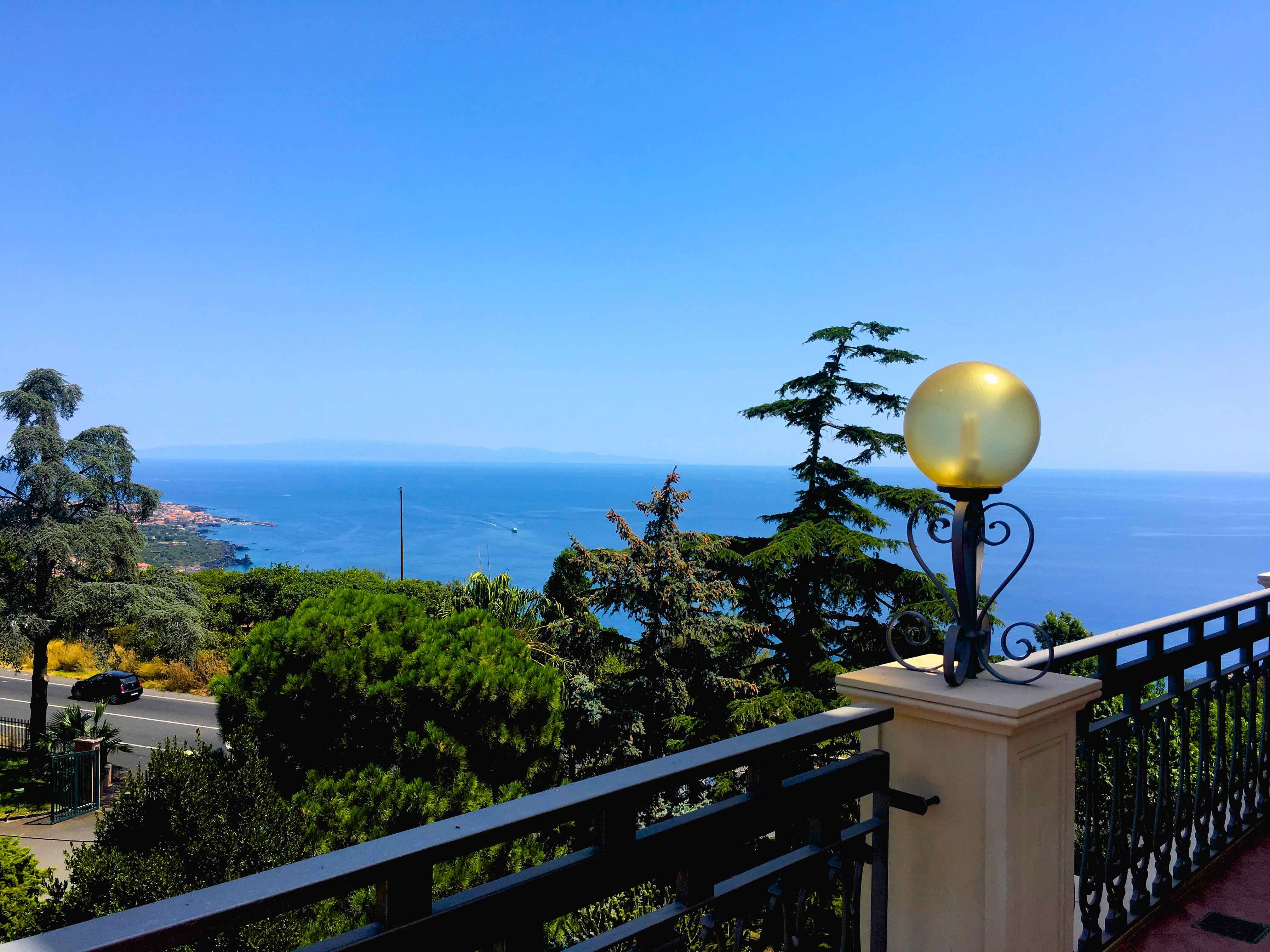 Ferienhaus Villa La Timpa - ancient and majestic villawhich enjoys a wonderful view of Mount Etna an (2037230), Acireale, Catania, Sizilien, Italien, Bild 14