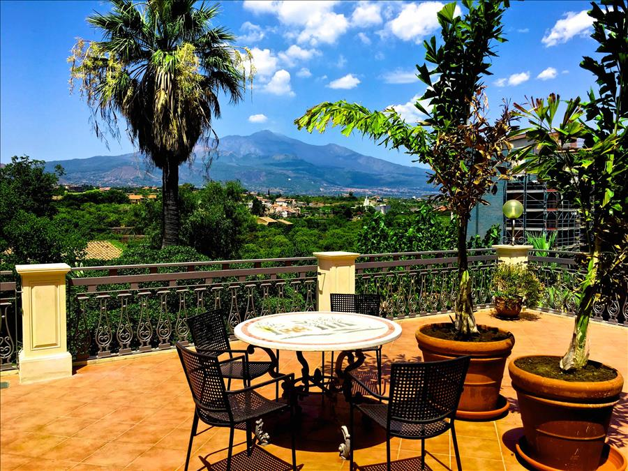 Ferienhaus Villa La Timpa - ancient and majestic villawhich enjoys a wonderful view of Mount Etna an (2037230), Acireale, Catania, Sizilien, Italien, Bild 3
