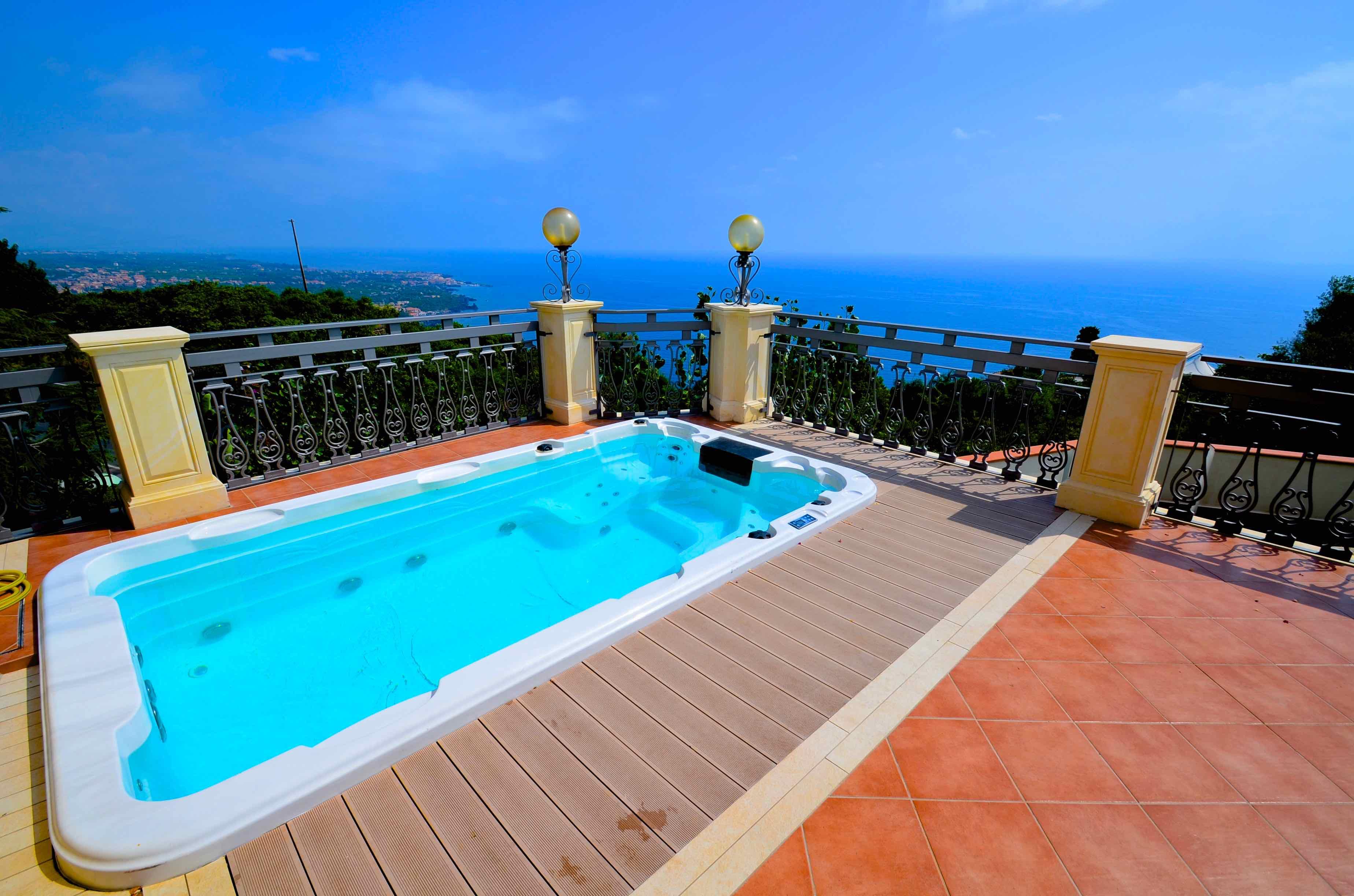 Ferienhaus Villa La Timpa - ancient and majestic villawhich enjoys a wonderful view of Mount Etna an (2037230), Acireale, Catania, Sizilien, Italien, Bild 4
