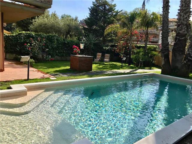 Etna Villa Alba Chiara - Sicilian villa with private pool on the slopes of Etna
