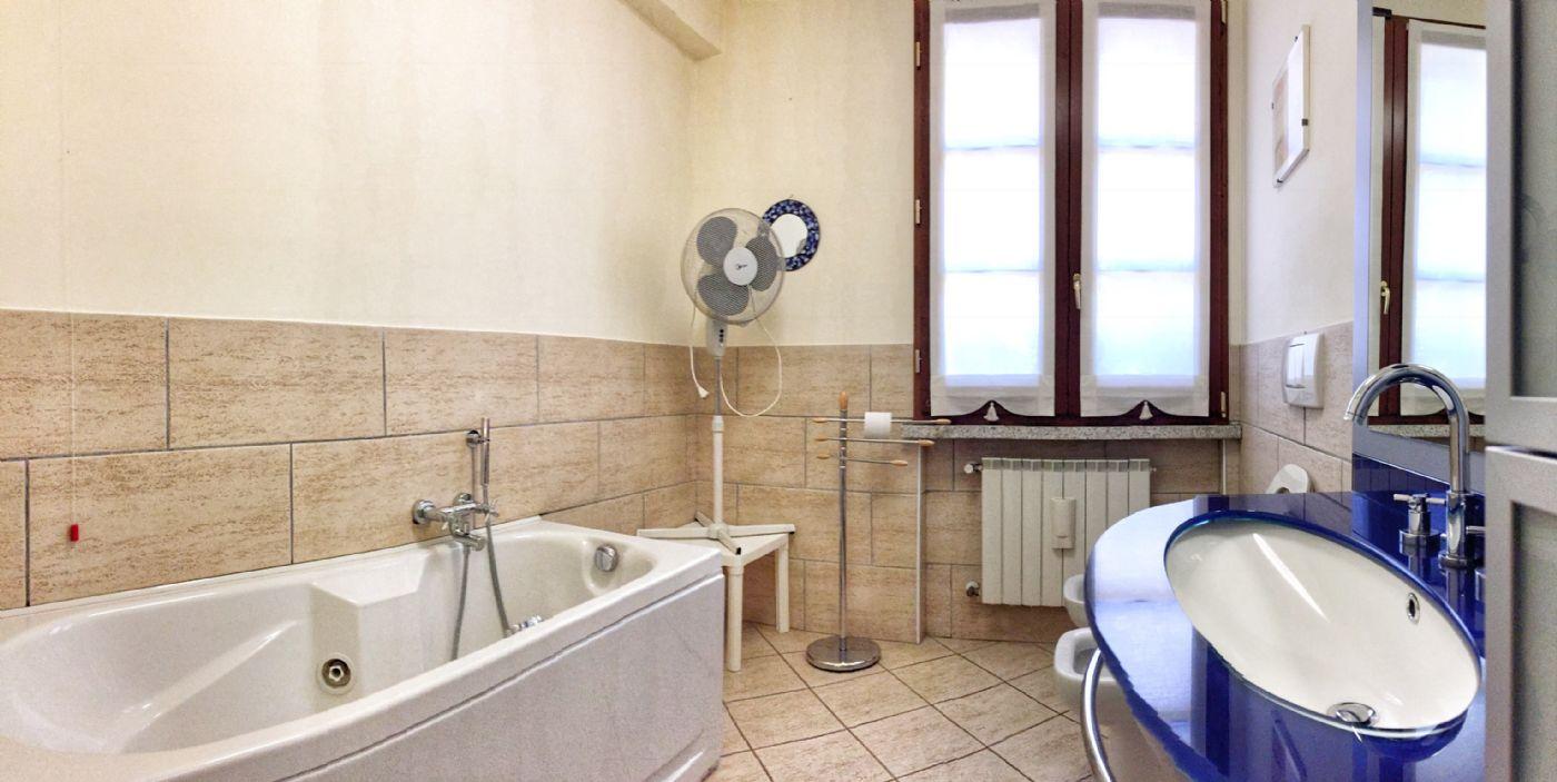 Ferienwohnung Wohnung Anita mit privatem Strand und Seeblick in Verbania Pallanza (2079819), Verbania, Lago Maggiore (IT), Piemont, Italien, Bild 13