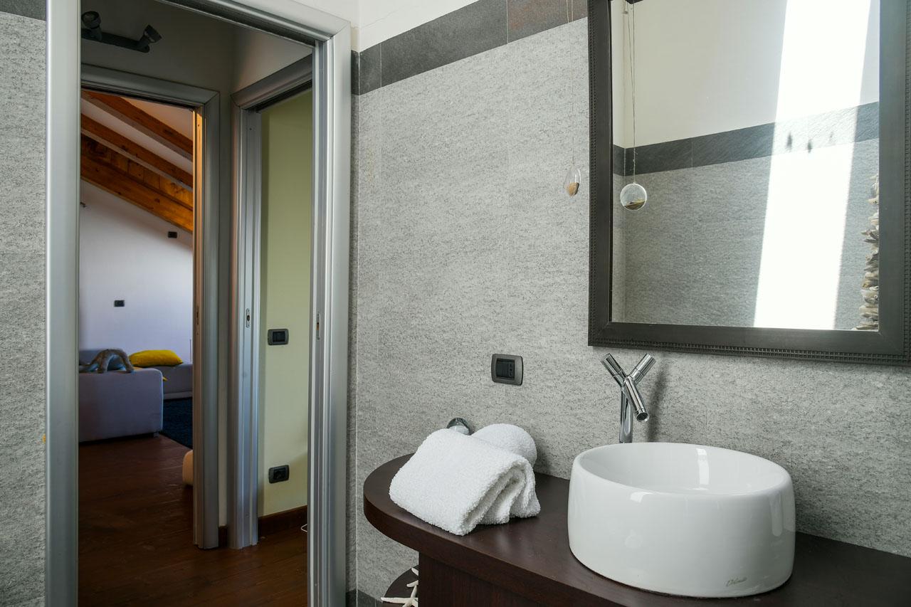 Ferienwohnung La Finestra sul lago luxuriöse Wohnung am Seeufer von Verbania (2811401), Intra, Lago Maggiore (IT), Piemont, Italien, Bild 28