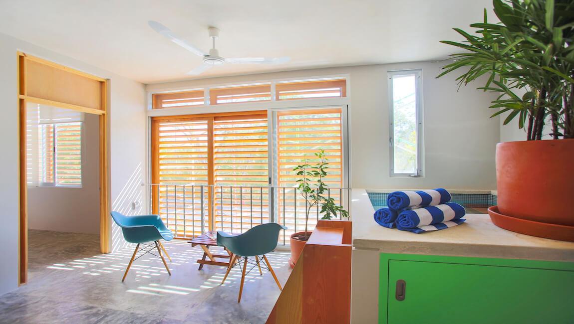 Jungle Breeze Apartment Lemon Tree thumbnail