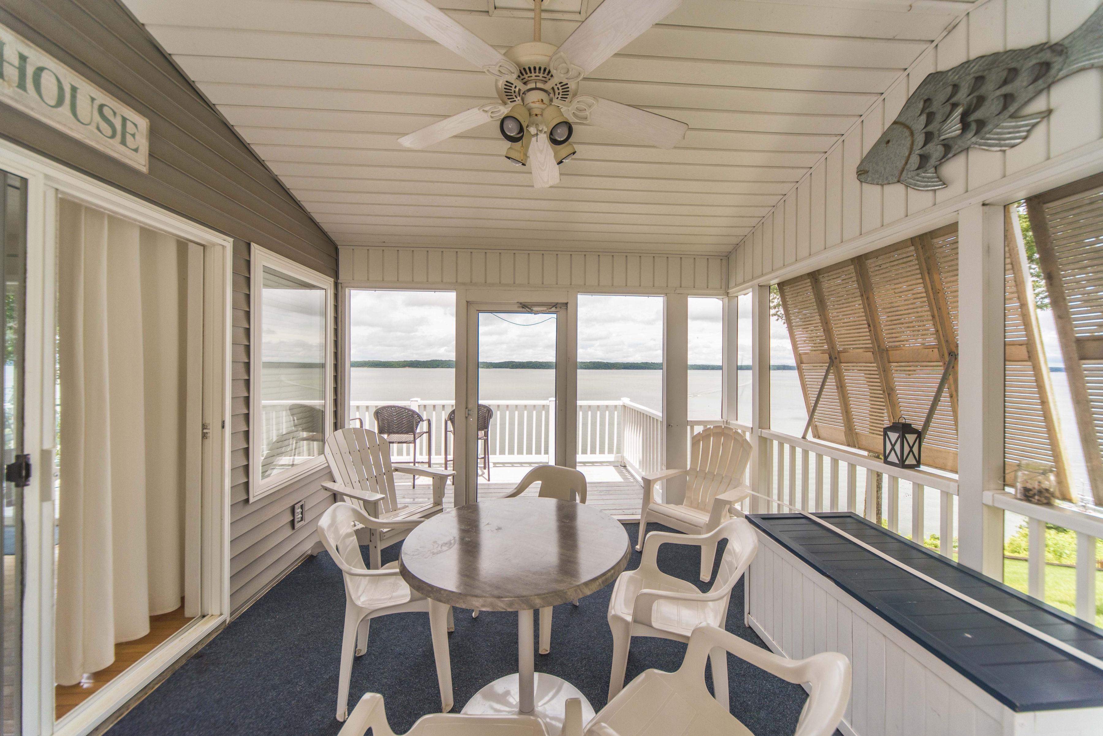 Pleasing Lake Front Luxury 5Bdrm On Kentucky Lake Jz Vacation Interior Design Ideas Clesiryabchikinfo
