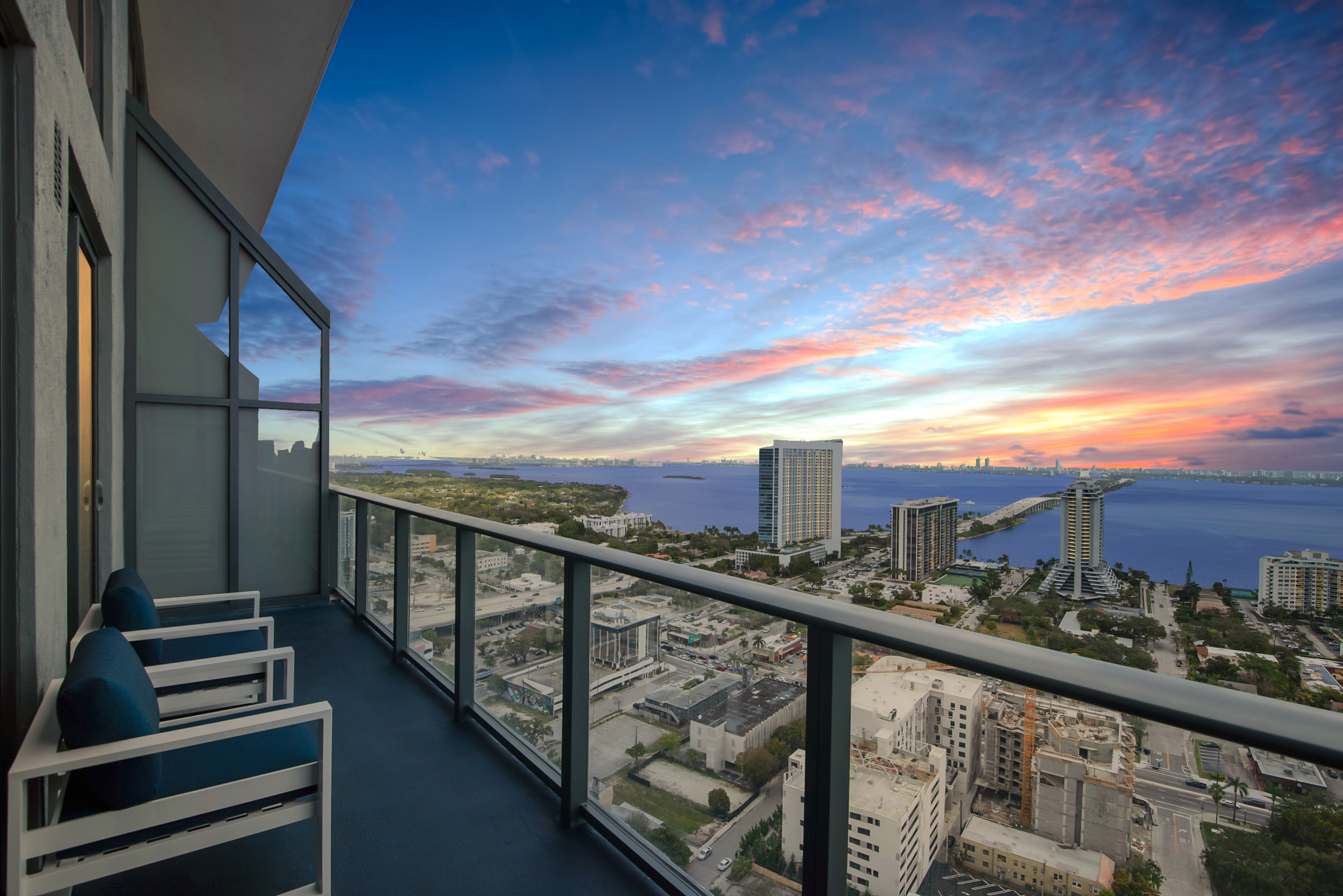 Panoramic Penthouse with Private Rooftop at the Hy