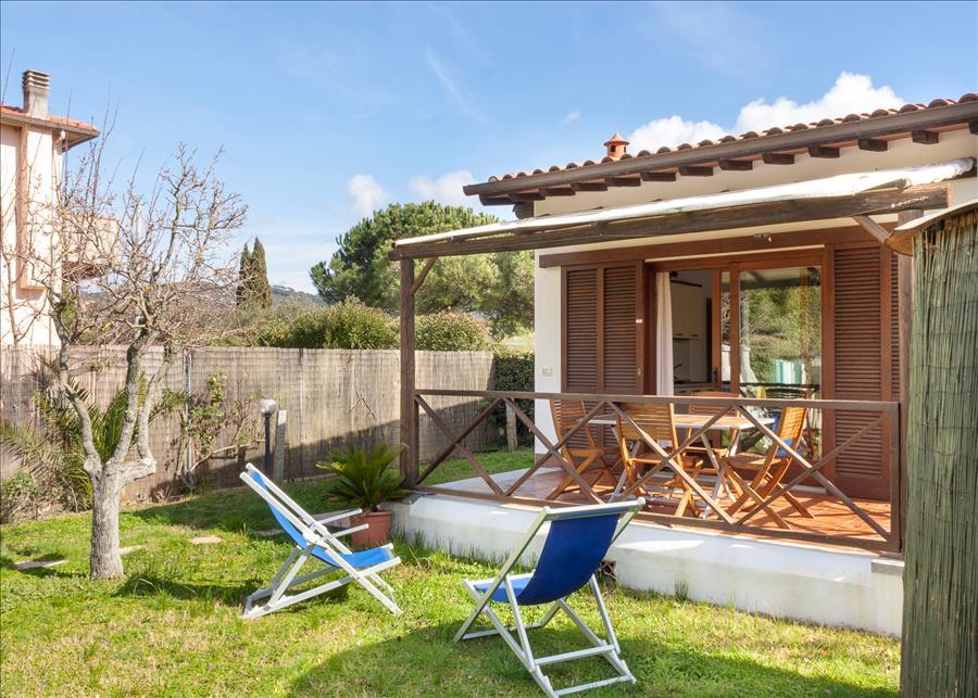 Ferienhaus 2ROOM APARTMENT WITH NICE GARDEN, BARBECUE AND BIKES (2334412), Marina di Campo, Elba, Toskana, Italien, Bild 1