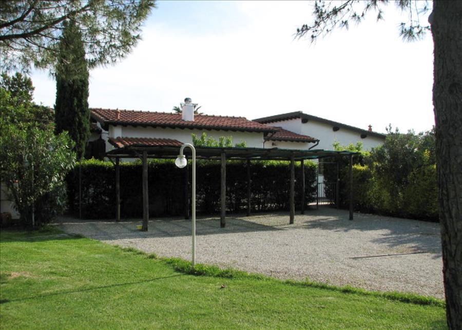 Ferienhaus 2ROOM APARTMENT WITH NICE GARDEN, BARBECUE AND BIKES (2334412), Marina di Campo, Elba, Toskana, Italien, Bild 8