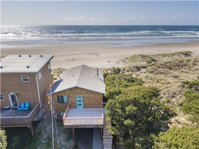 Ocean Annie #128 - oceanfront cabin, great views and direct beach access in Tierra Del Mar