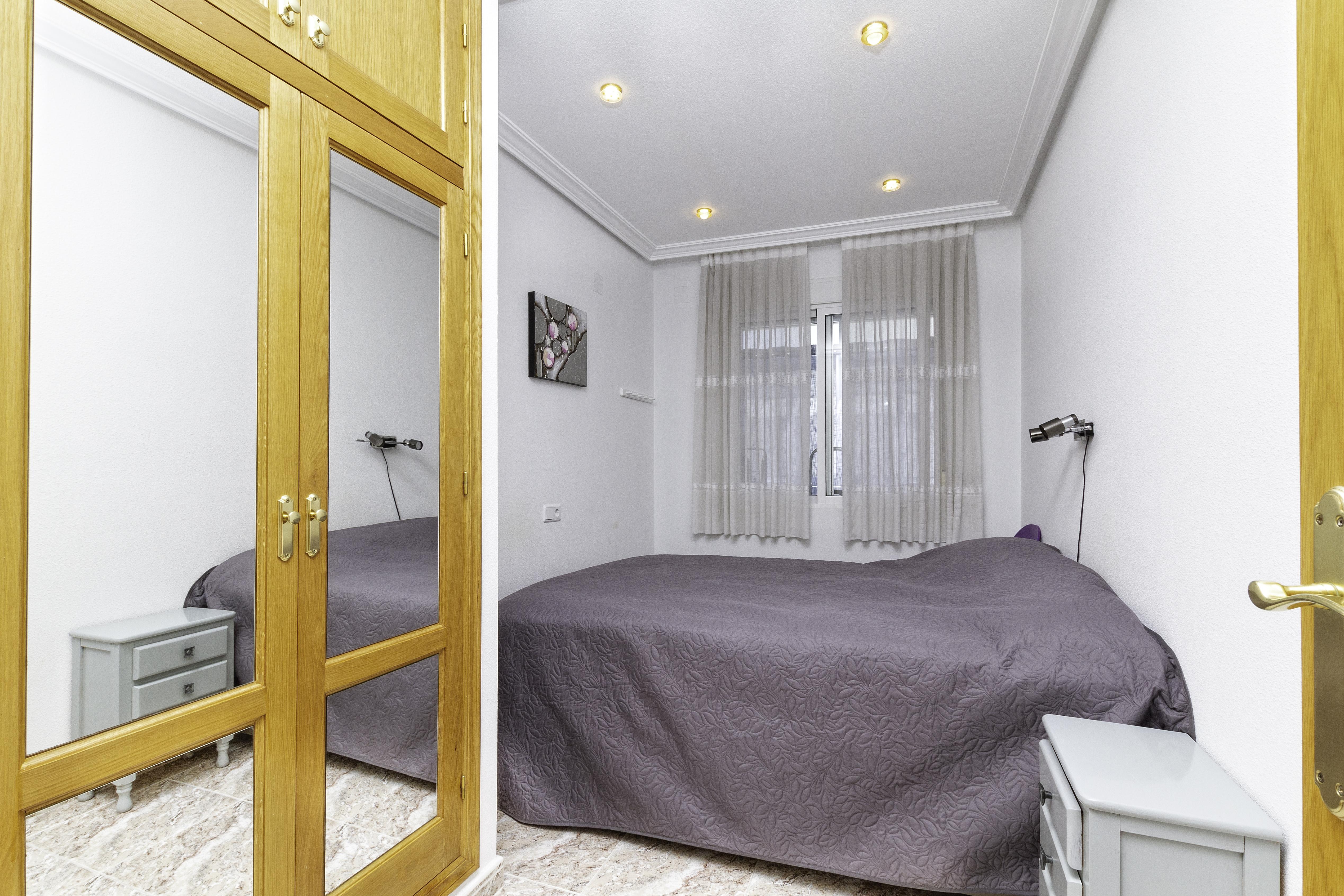 Appartement de vacances Geräumige Wohnung nur 500 Meter vom Strand entfernt (2611011), Torrevieja, Costa Blanca, Valence, Espagne, image 6
