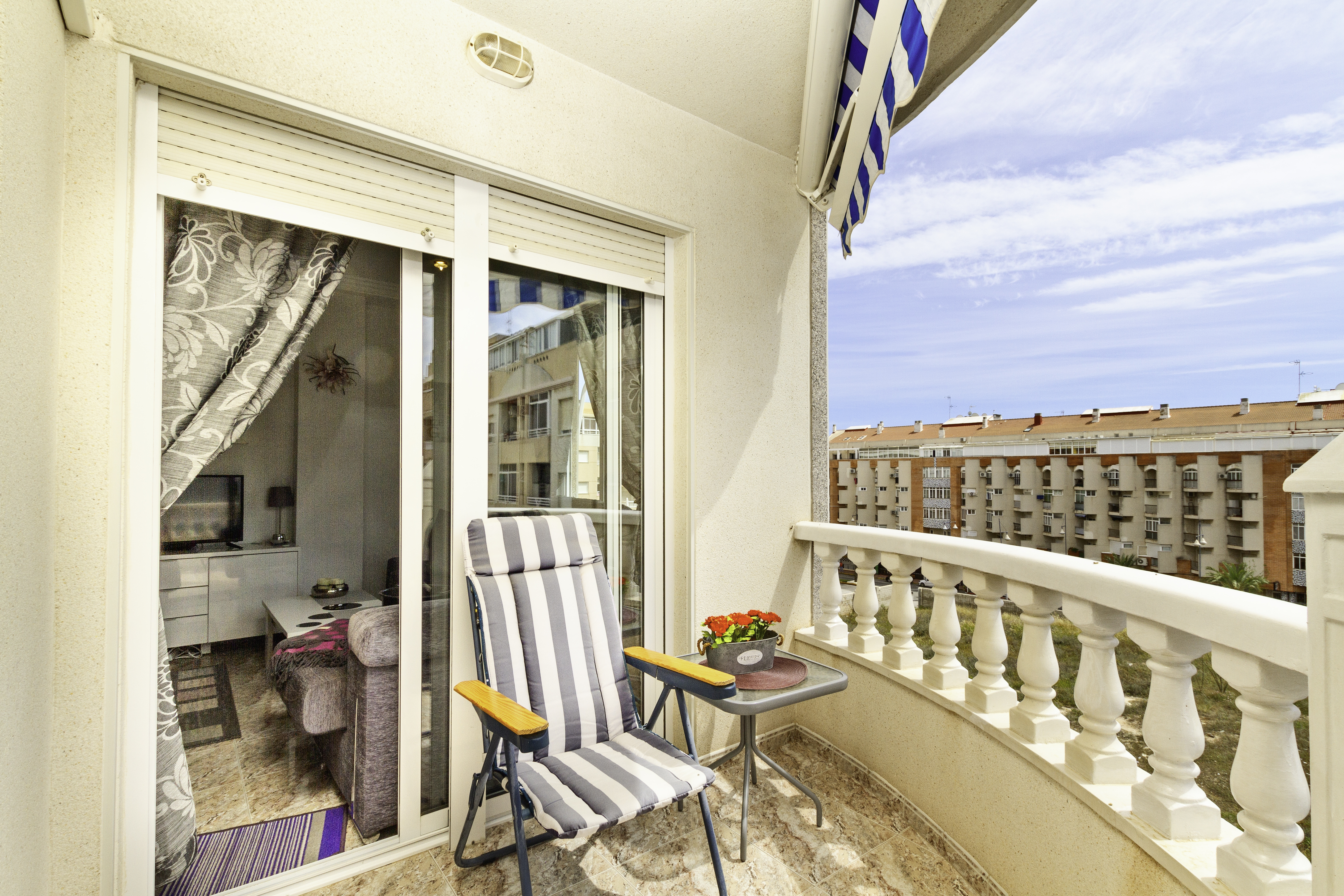 Appartement de vacances Geräumige Wohnung nur 500 Meter vom Strand entfernt (2611011), Torrevieja, Costa Blanca, Valence, Espagne, image 2