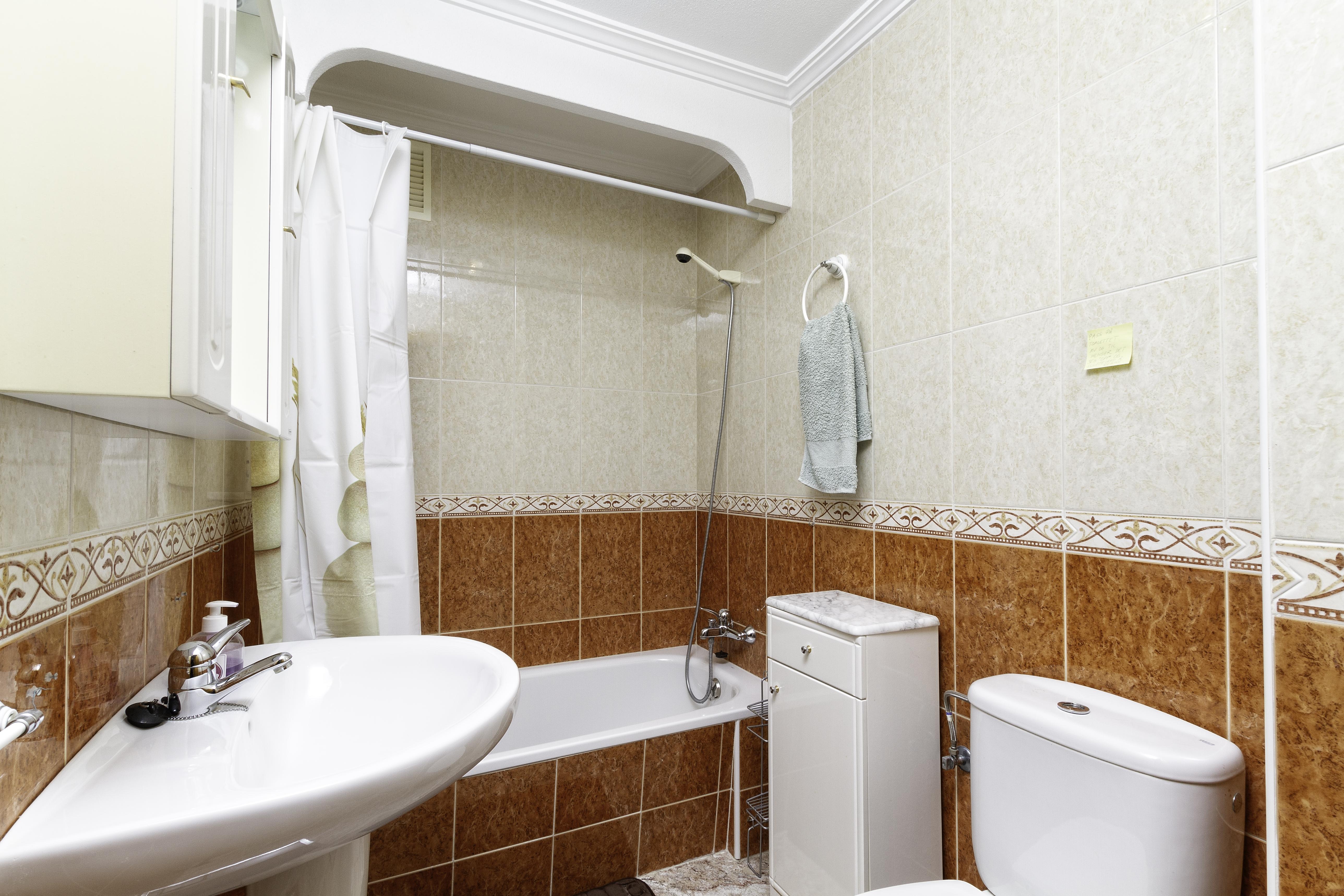 Appartement de vacances Geräumige Wohnung nur 500 Meter vom Strand entfernt (2611011), Torrevieja, Costa Blanca, Valence, Espagne, image 8