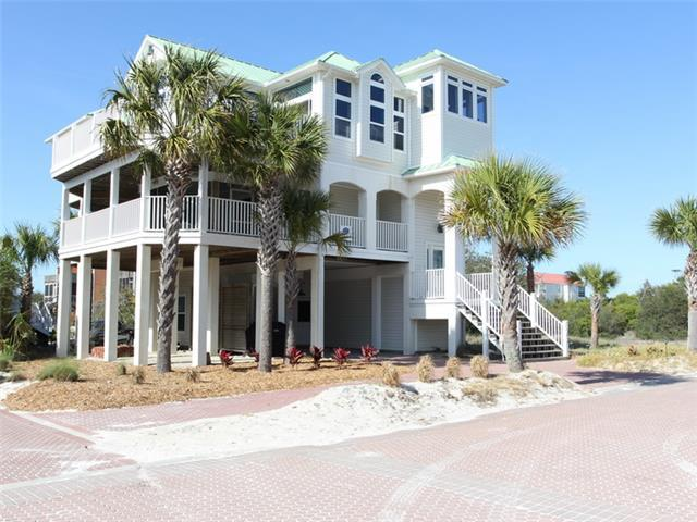 Happy Place - 6/4.5 Gulf view home, community pool, short stroll to beach!