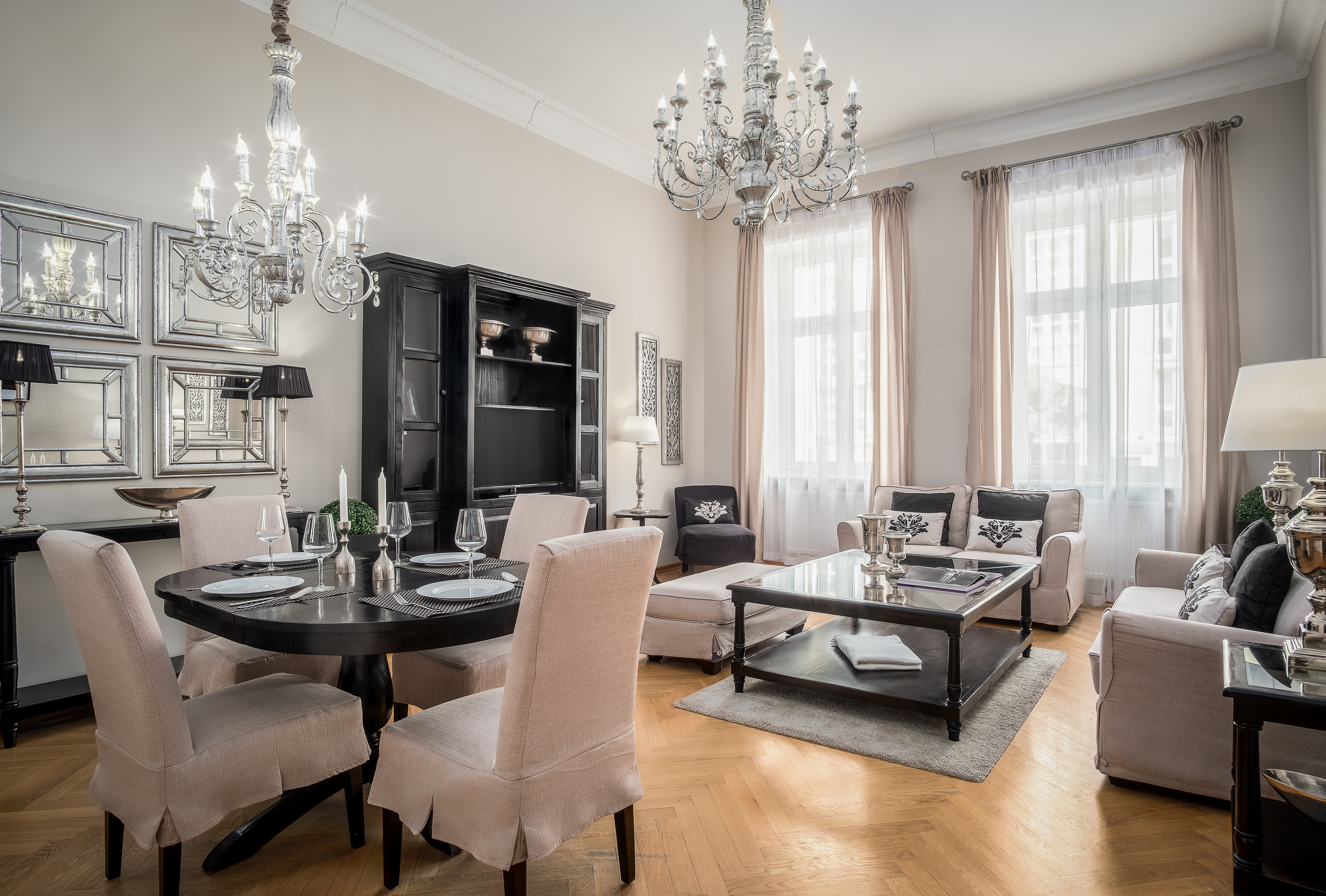 Experience Berlin In An Elegant 2 Bedroom 2 Bathroom