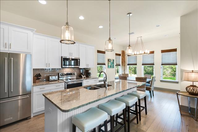 A Fabulous Kitchen that your Chef will Love