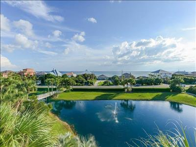 Updated-Gulf Views☀Across from Beach☀2X Disinfected☀Gulf Place Caribbean 214