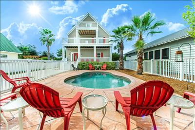 PRIVATE Pool! ☼Pet Friendly! Walk 2 Beach☼ 2X Sanitized ☼6BR Beach Delight