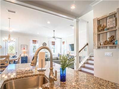 30A☼Highland Park Shared Pool+HotTub☼Inspected & Disinfected☼5BR The Light House