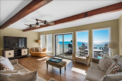 Directly on the BEACH⭐Remodeled⭐2X Sanitized⭐5BR Little House on the Beach