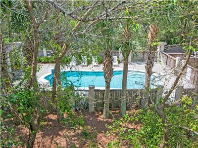 30A-Gulf Place-Walk2Beach, Pool&Shops! ☀️2 Step Sanitizing Process☀️3BR Tree Top