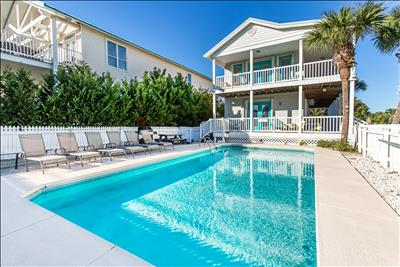 Gulf Views☼Pool☼Walk2Beach☼Inspected & Disinfected☼4BR A VIP Hideaway