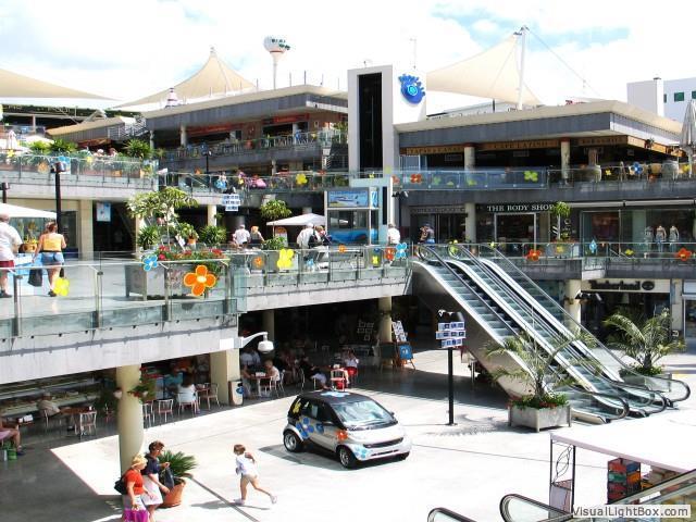 Biosfera Shopping centre