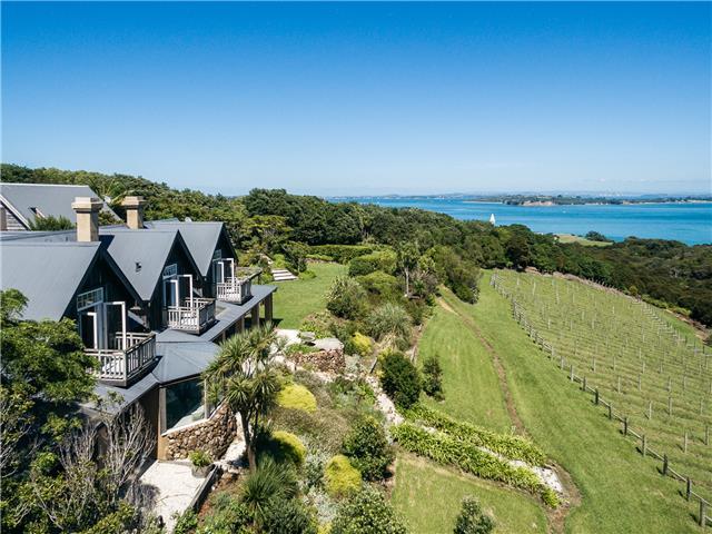 Waiheke Holiday Homes – Be My Guest, NZ
