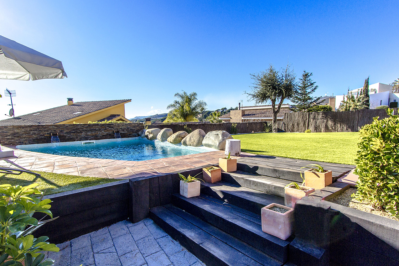 Ferienhaus Picturesque Seaside 3 bedroom villa in Caldes Estrach,with private pool! (1890834), Caldes d'Estrac, Costa del Meresme, Katalonien, Spanien, Bild 44
