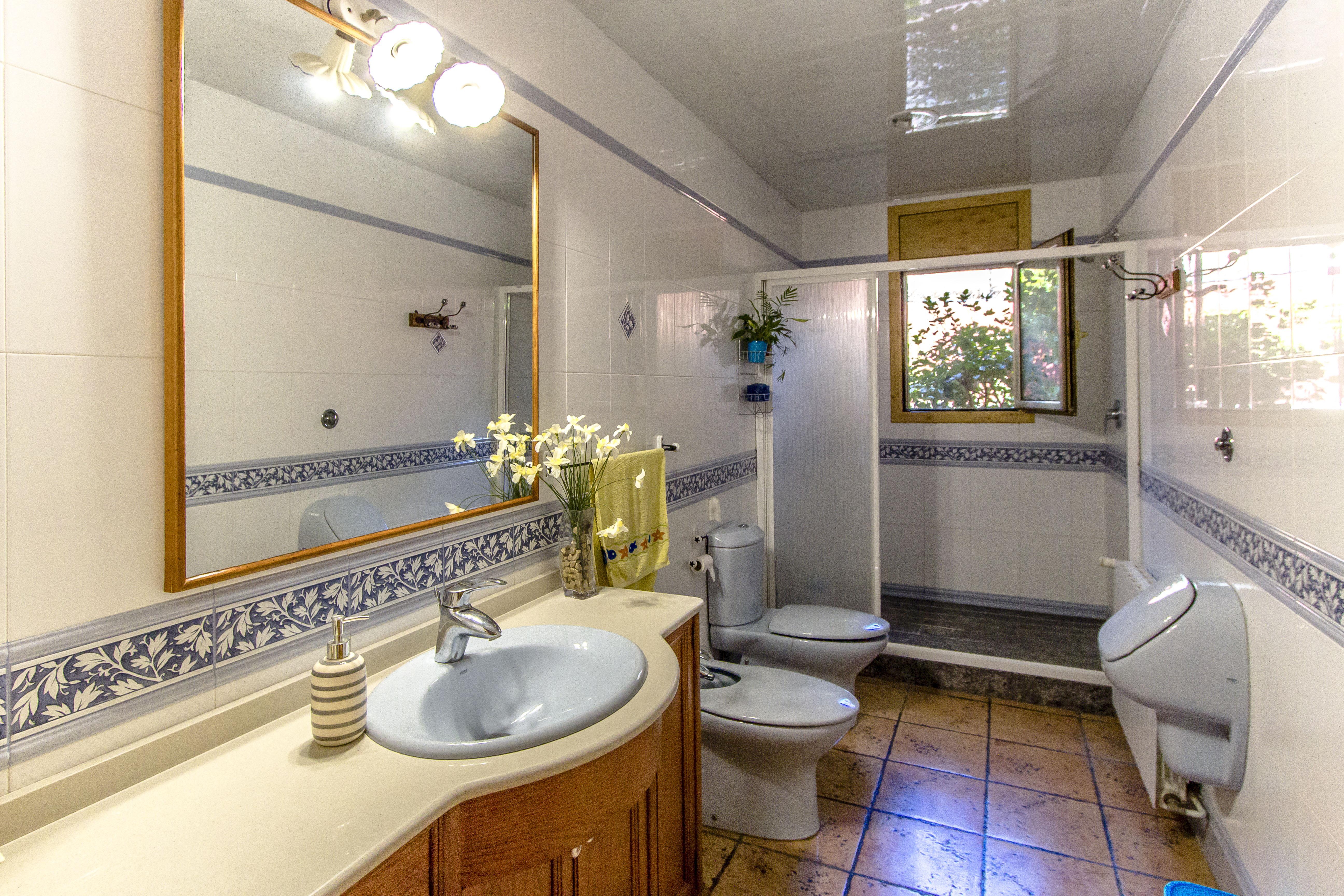 Ferienhaus Catalunya Casas: Fantastic villa in Torrelles, just 15 km from Barcelona! (1890843), Can Guey, Costa del Garraf, Katalonien, Spanien, Bild 34