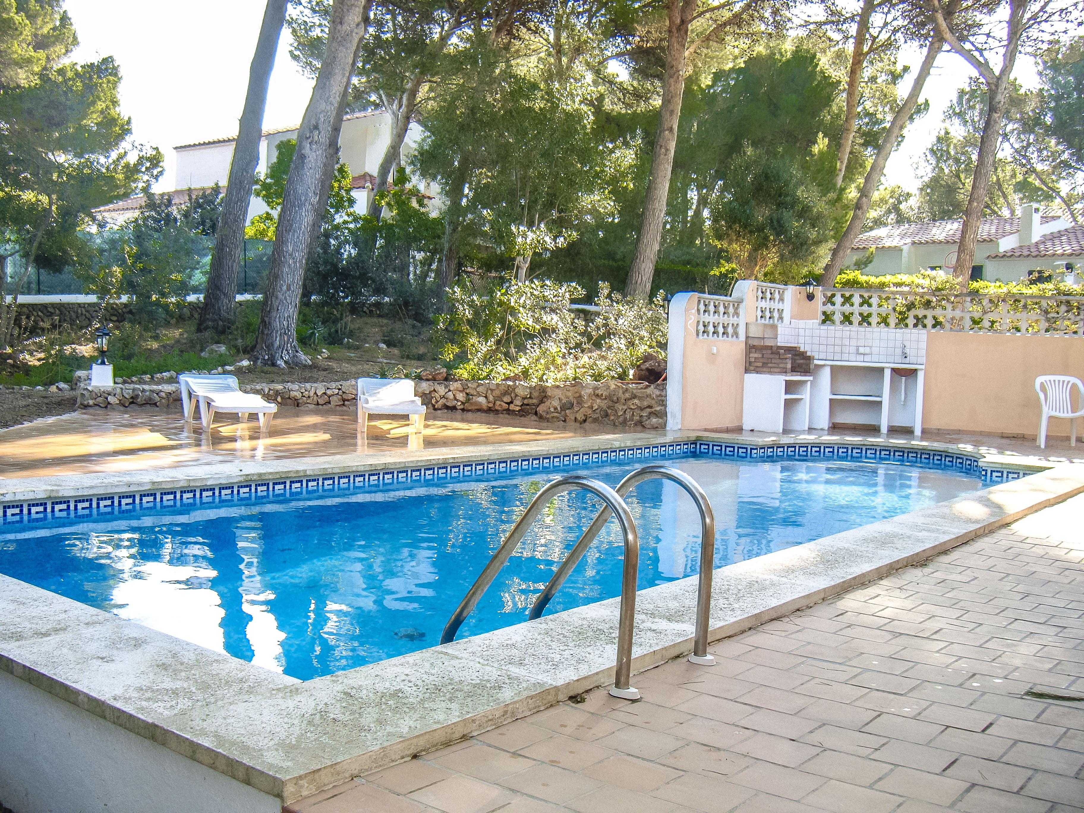 Catalunya Casas: Villa Rosa for 8, just 1 3km to Menorca's sandy