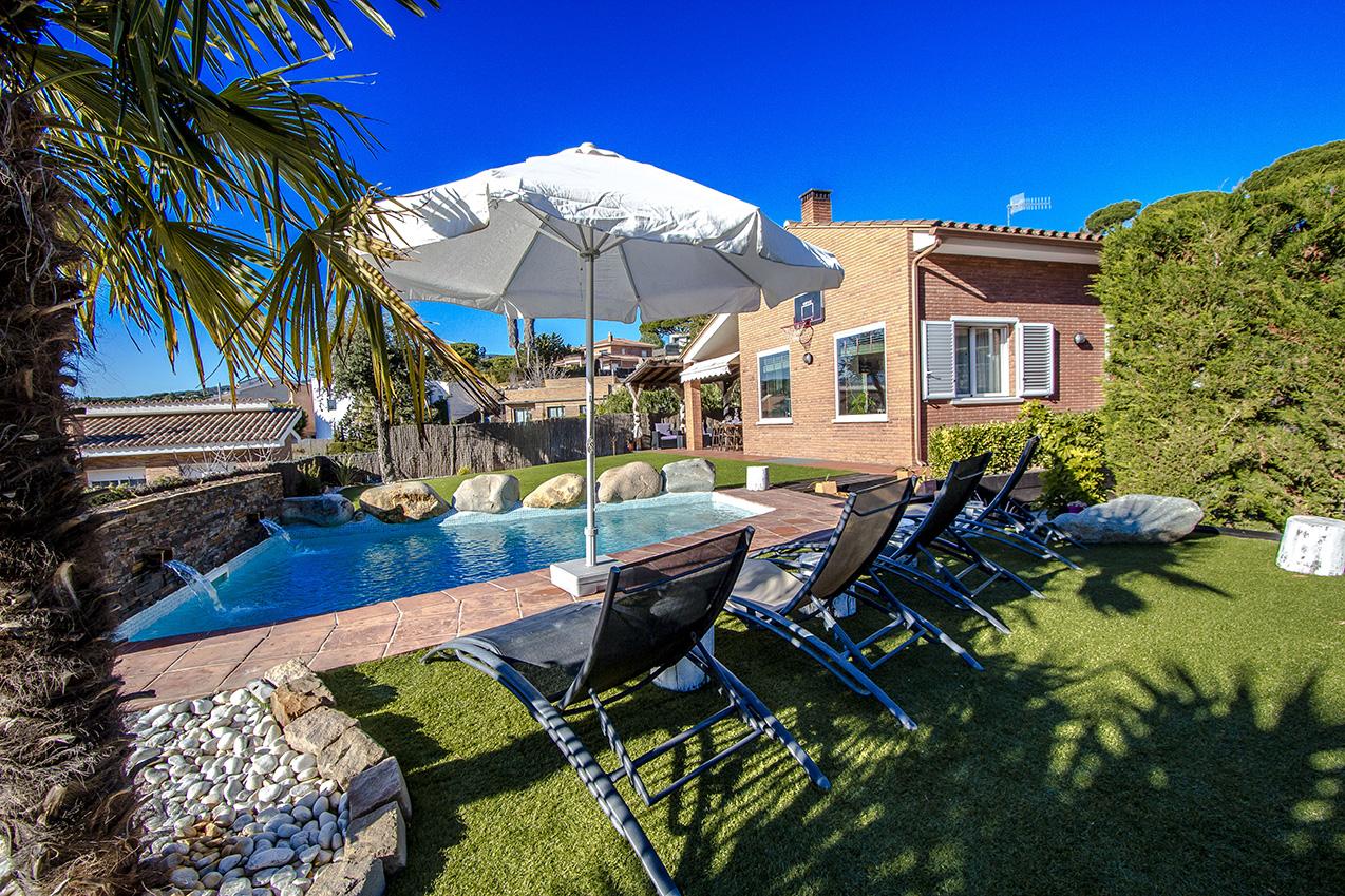 Ferienhaus Picturesque Seaside 3 bedroom villa in Caldes Estrach,with private pool! (1890834), Caldes d'Estrac, Costa del Meresme, Katalonien, Spanien, Bild 4