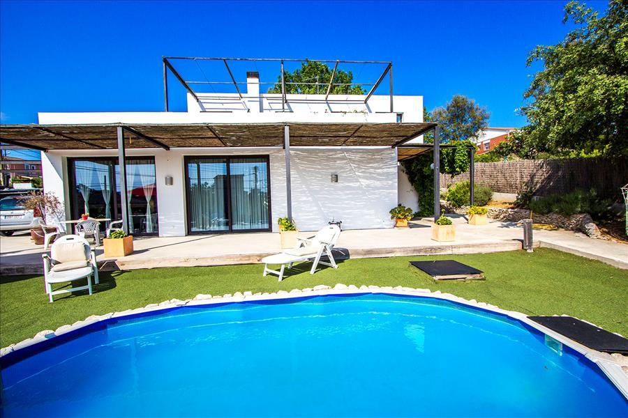Ferienhaus Catalunya Casas: Serene villa in Sils, 20 km to Costa Brava beaches! (1890922), Les Mallorquines, Girona, Katalonien, Spanien, Bild 4