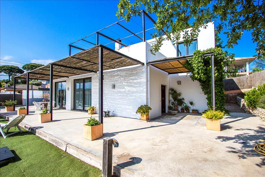 Ferienhaus Catalunya Casas: Serene villa in Sils, 20 km to Costa Brava beaches! (1890922), Les Mallorquines, Girona, Katalonien, Spanien, Bild 6
