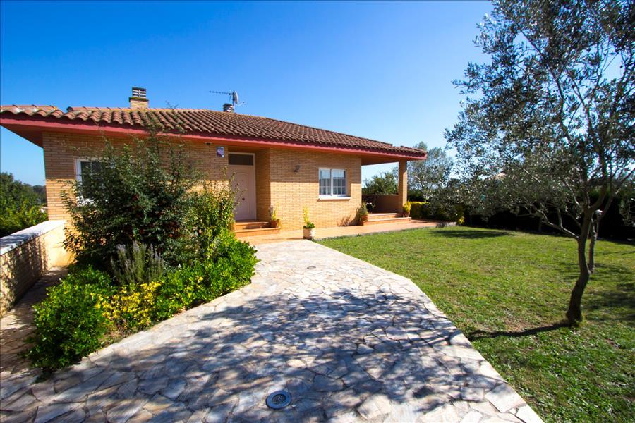 Ferienhaus Catalunya Casas: Incredible Villa in Sils, a short drive to Costa Brava beaches! (1890893), Les Mallorquines, Girona, Katalonien, Spanien, Bild 3