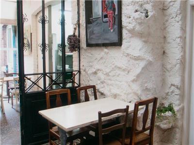 Cote Cour Cote Jardin A Liege Region Wallonne Restaurant